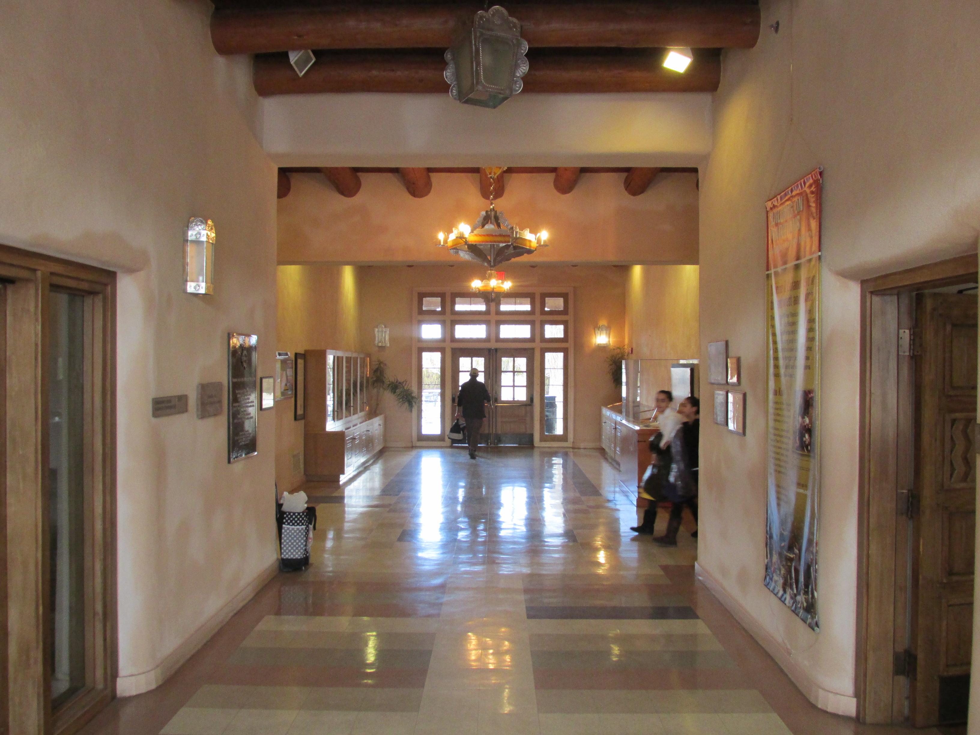 FileInterior West San Jose School Albuquerque NM