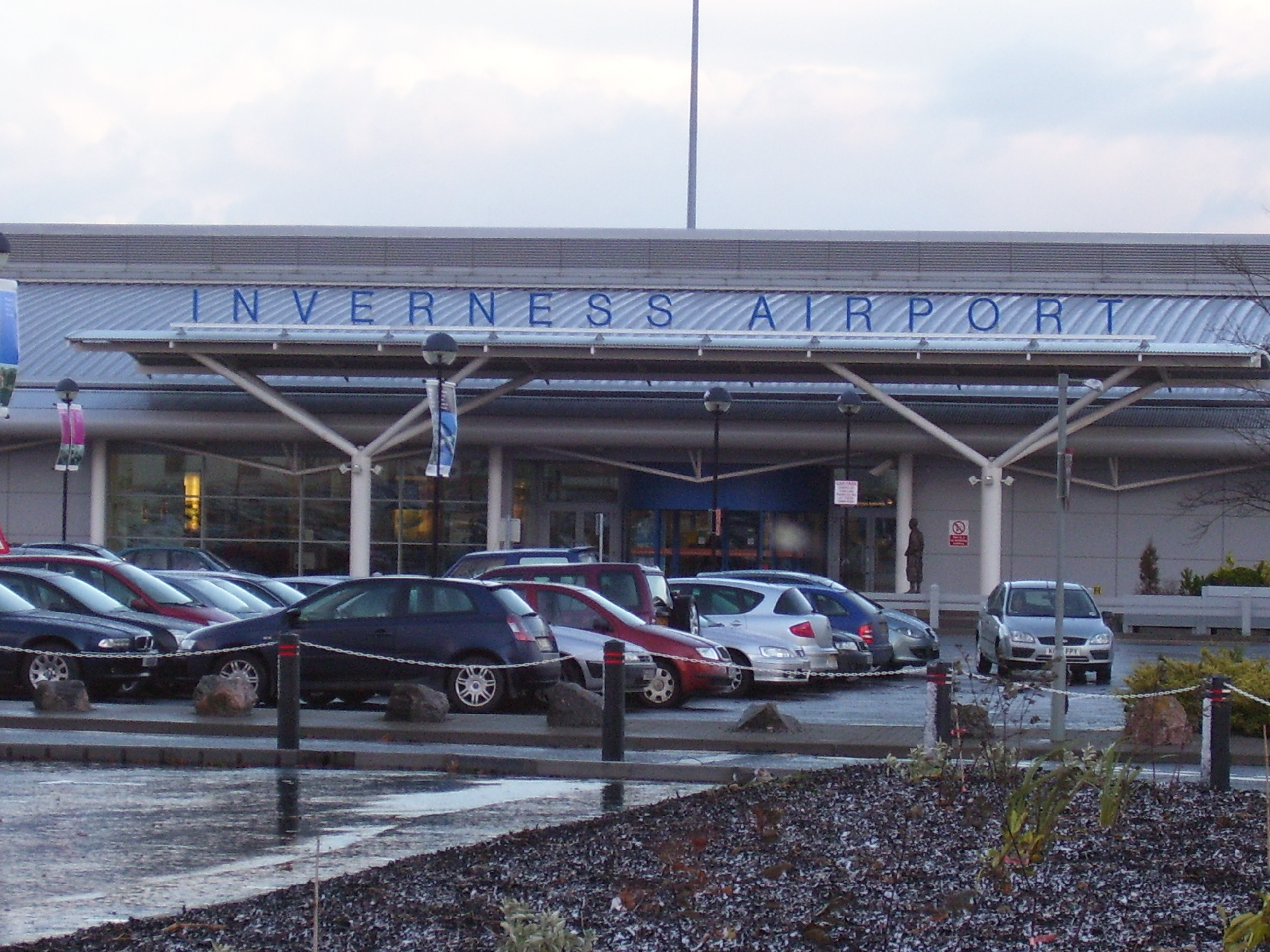 Inverness Airport (Inverness Airport). Official sayt.2