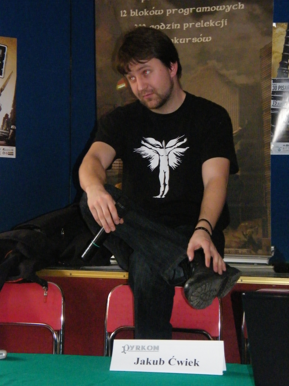 Jakub on [[Pyrkon]] in 2009.