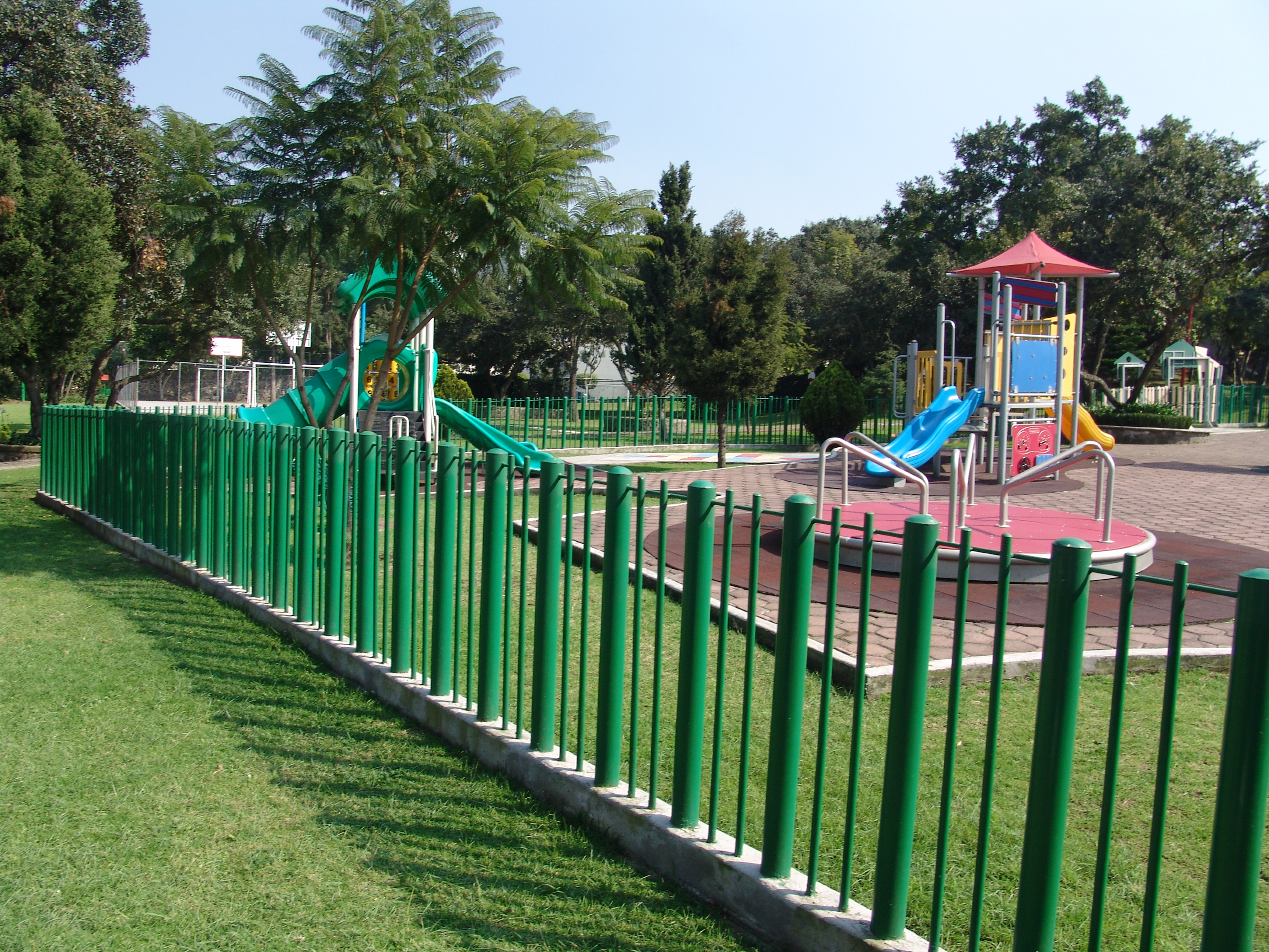 File Juegos Infantiles Jardines En La Montana 02 Jpg Wikimedia Commons