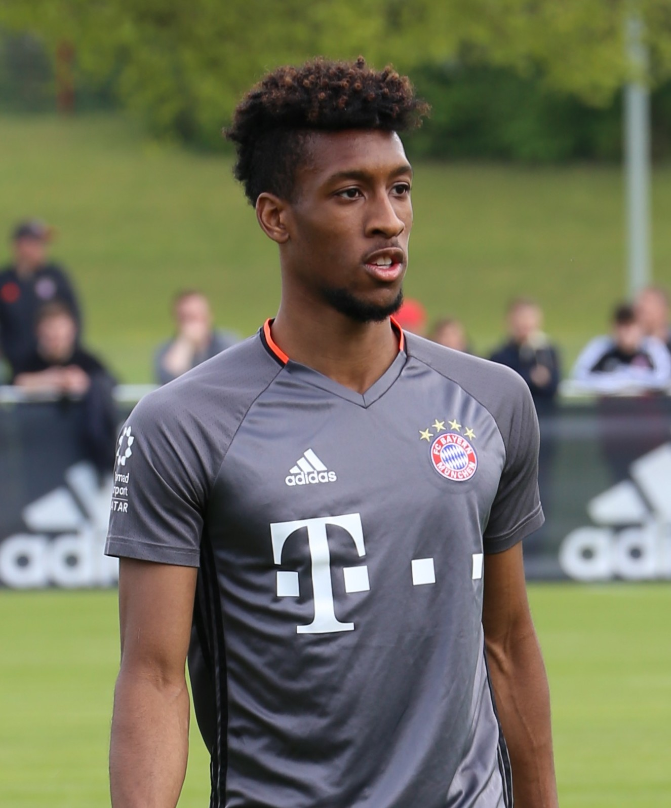 The 23-year old son of father (?) and mother(?) Kingsley Coman in 2019 photo. Kingsley Coman earned a 0.19 million dollar salary - leaving the net worth at 0.76 million in 2019