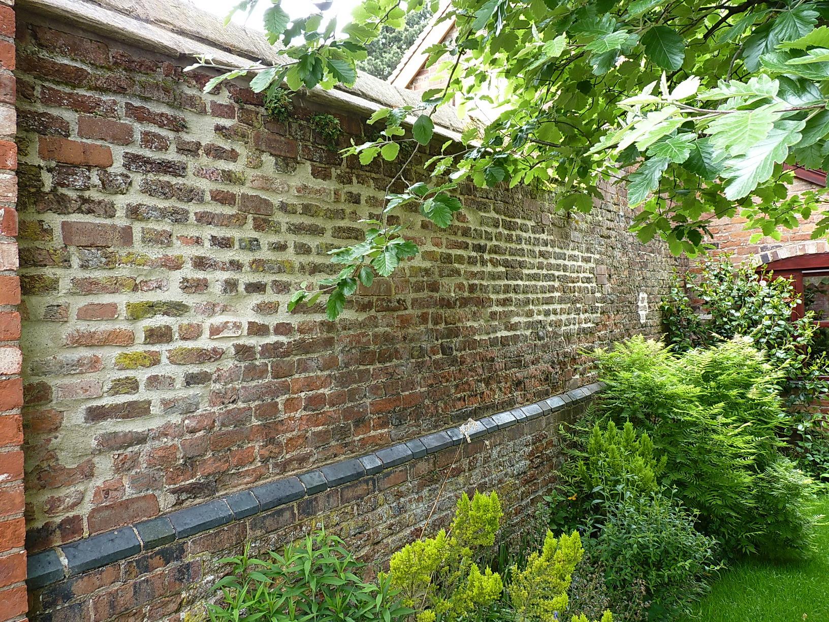 File Kitchen Garden Wall Apley Castle Jpg Wikimedia Commons