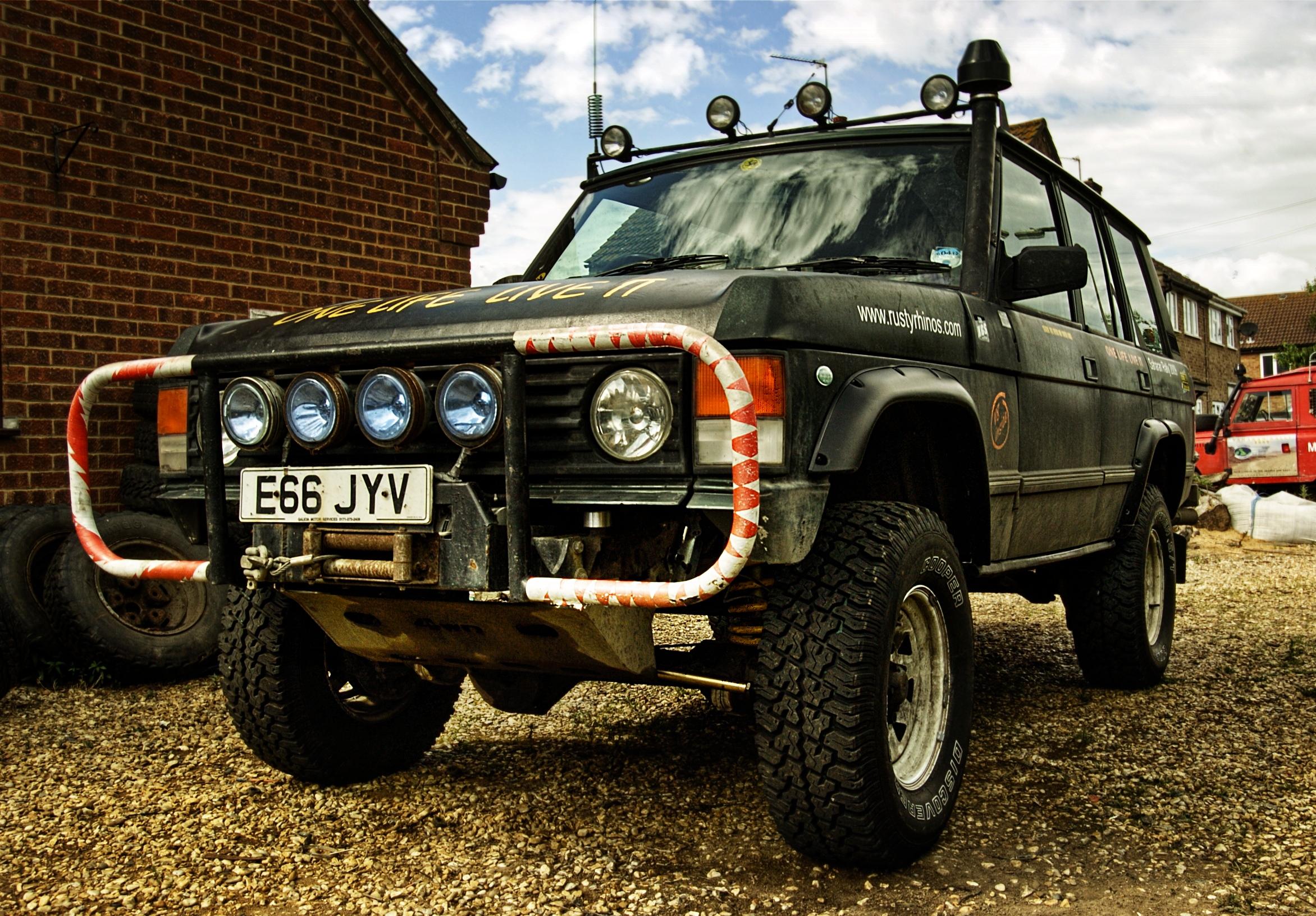 File Lifted Range Rover Jpg Wikimedia Commons