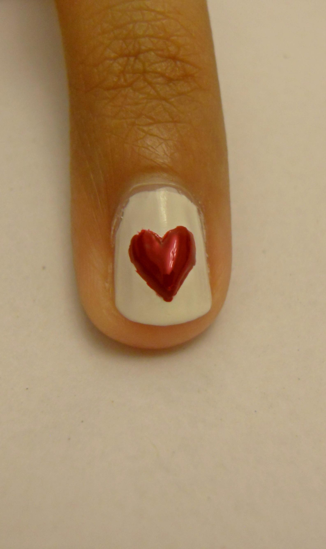 File:Love heart nail art.jpg - Wikimedia Commons