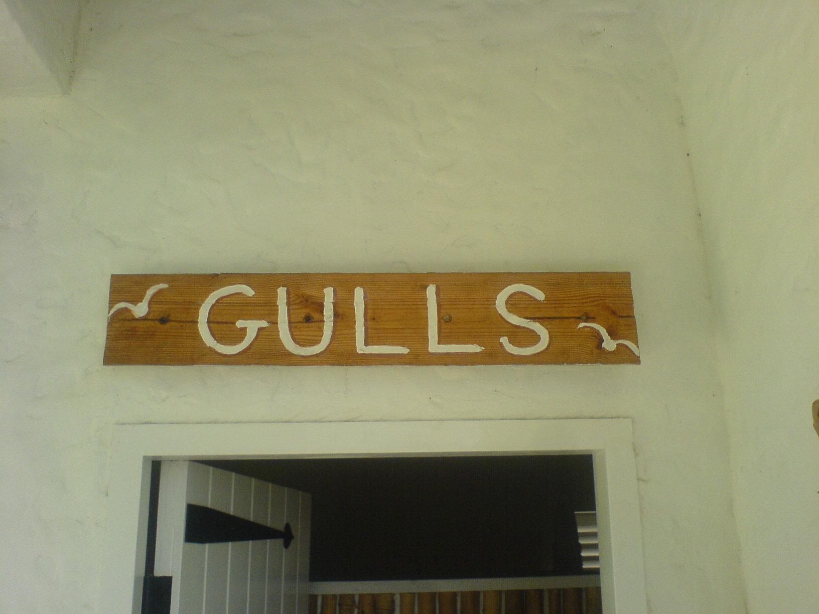 """Bathroom Signs History file:montserrat — public bathroom (sign """"gulls"""") - wikimedia"""