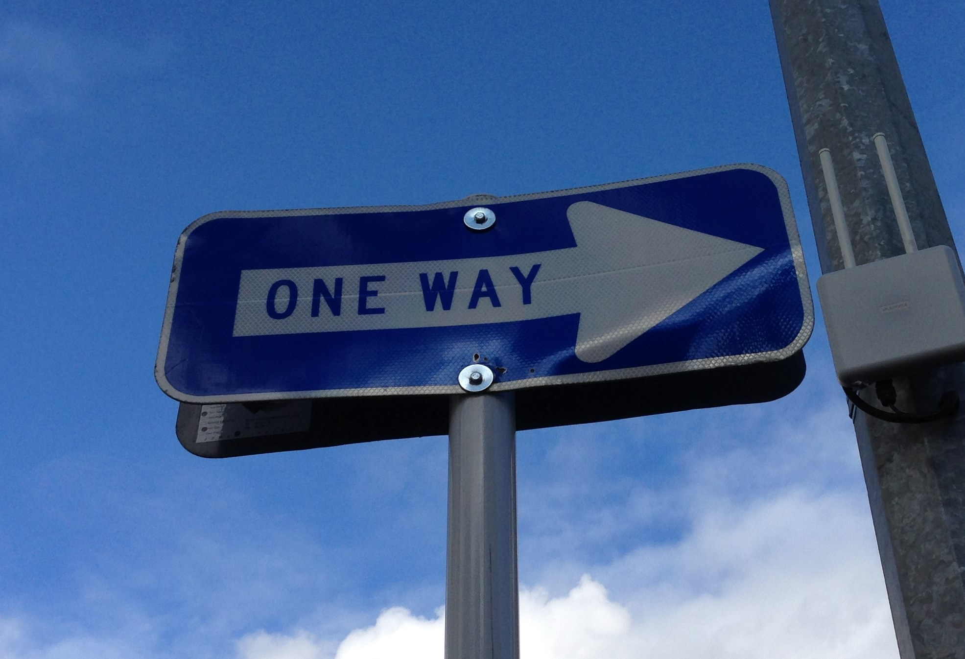 File one way sign jpg wikimedia commons