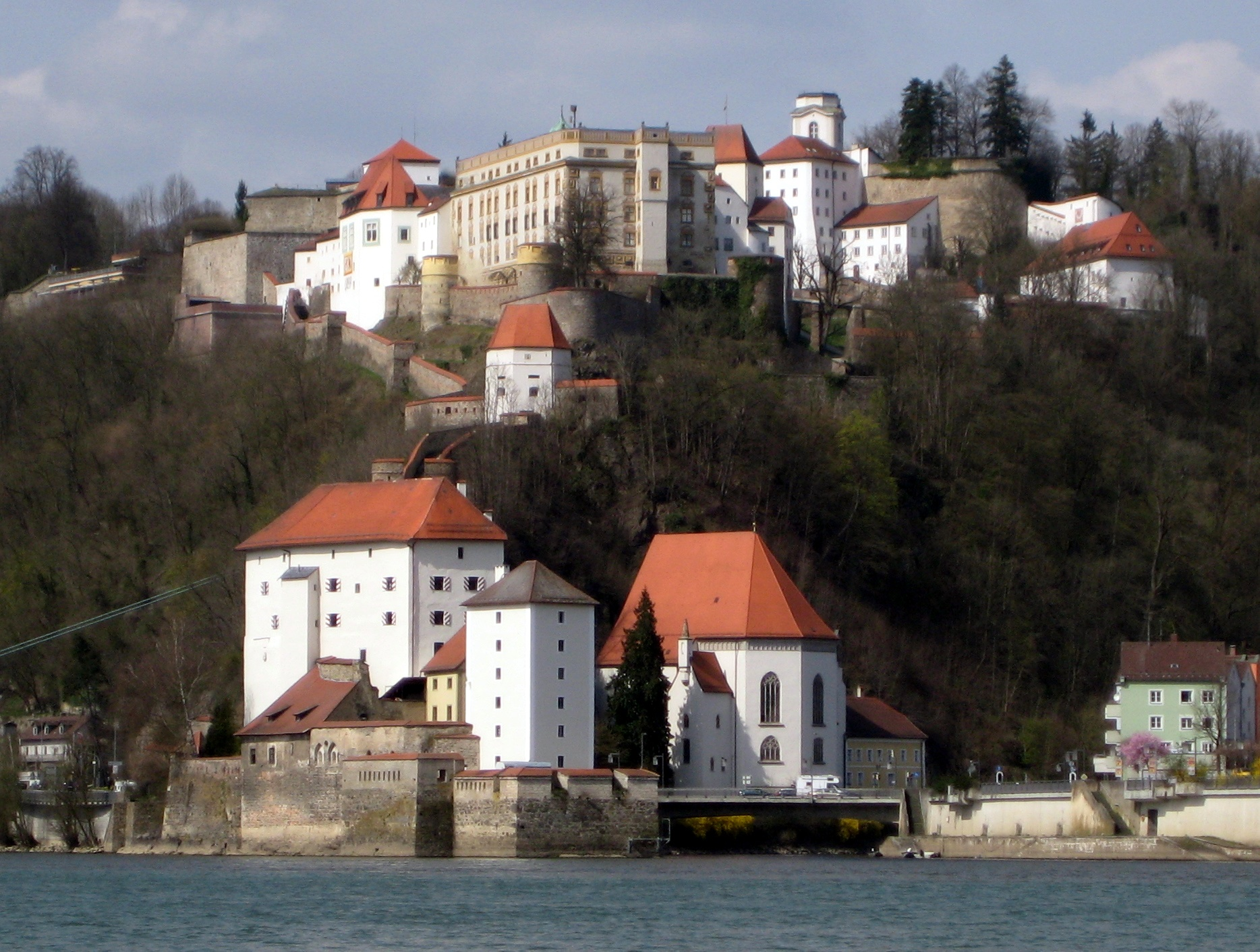 passau dating site This cruise begins in passau and then downstream along the danube to budapest,  magnificent and hugely impressive buildings dating from many different eras are.