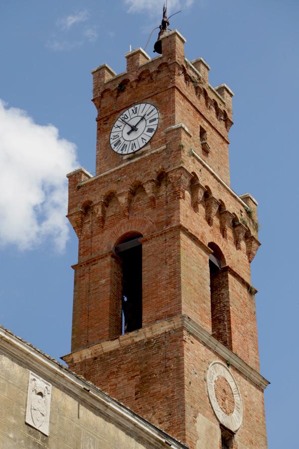 Pienza, Palazzo Comunale, campanile