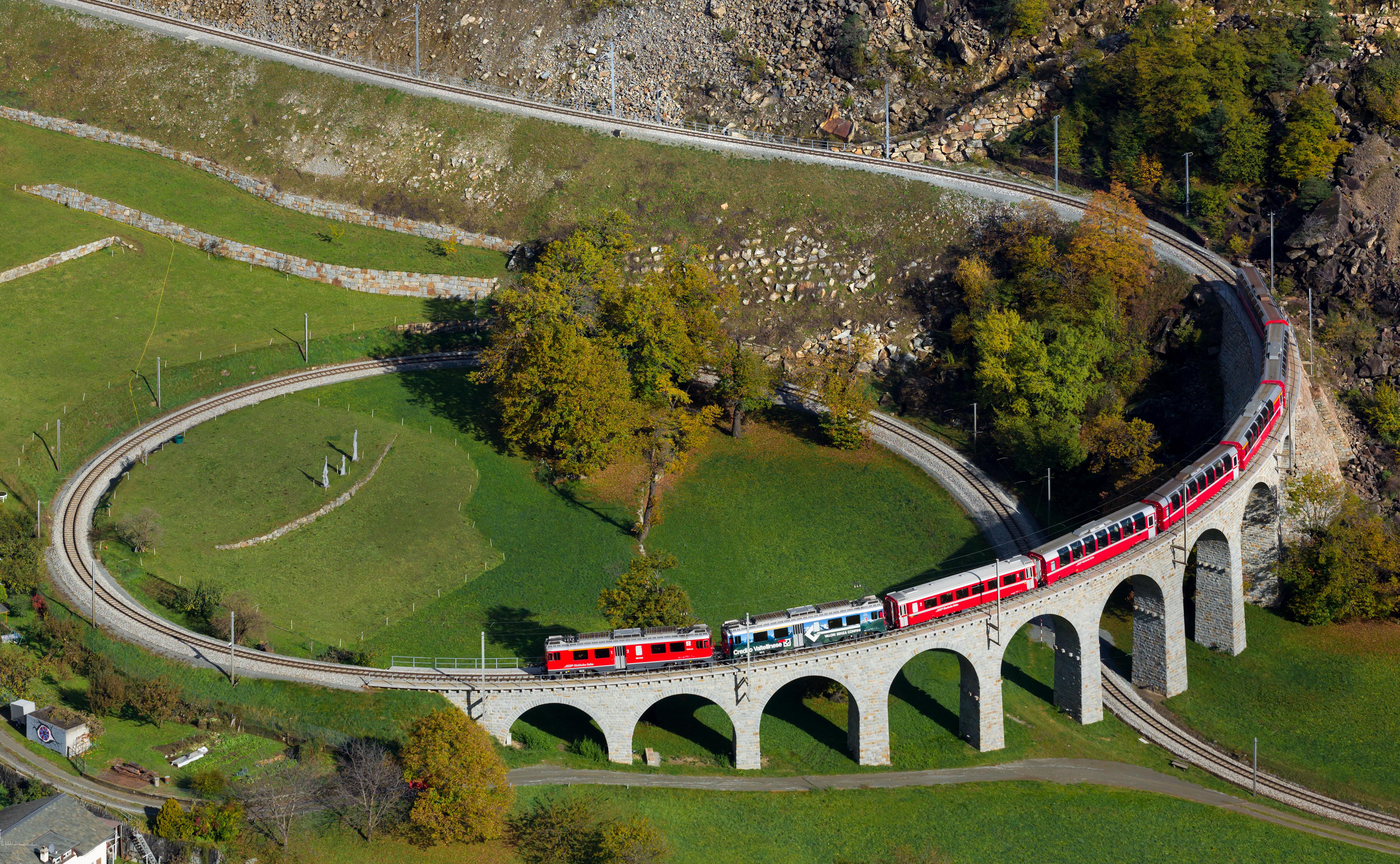 Bekijk de wereld vanuit de trein – de 5 mooiste spoorwegen