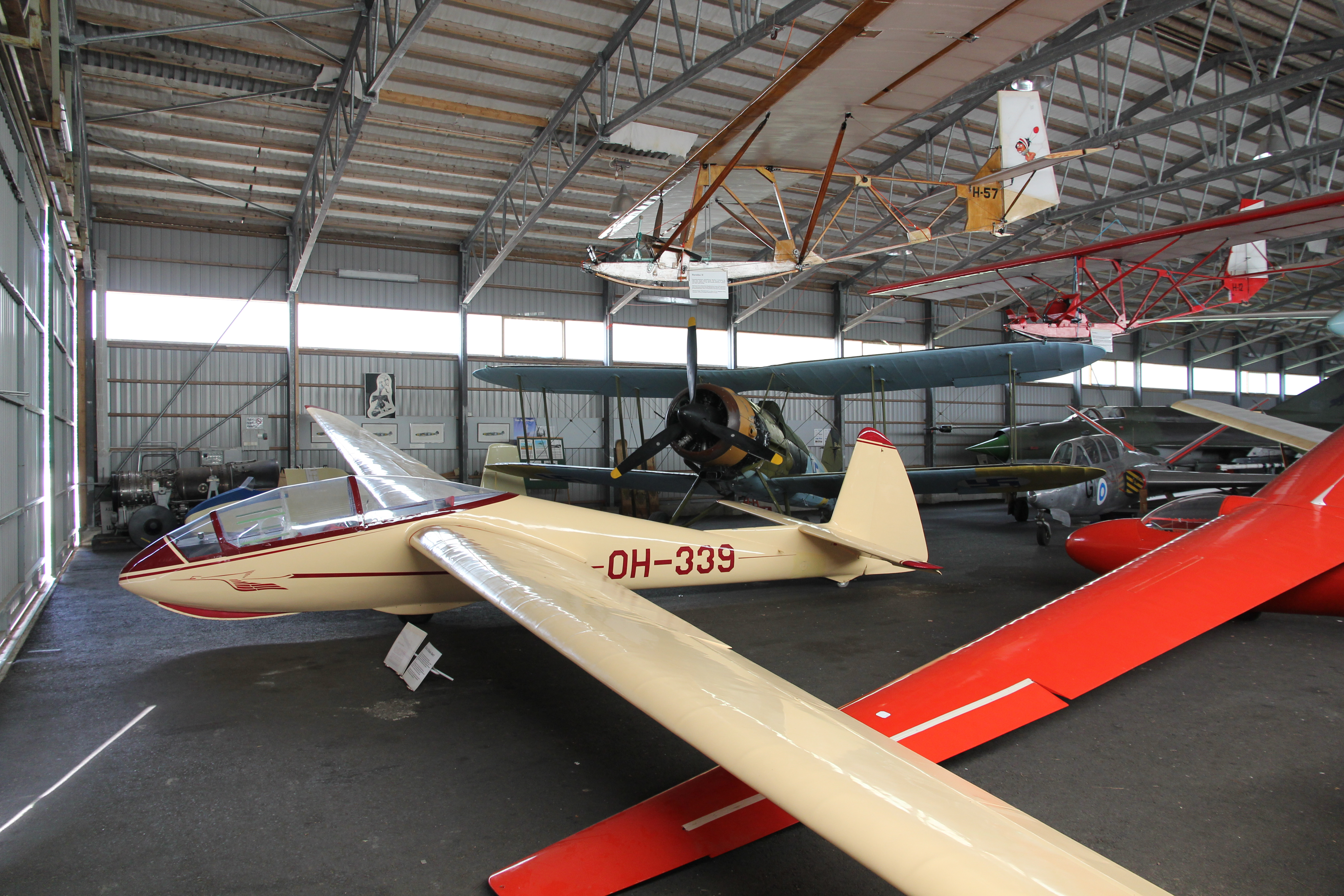 karhulan ilmailukerhon lentomuseo