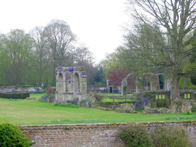 Slaugham Place ruins - geograph.org.uk - 367357