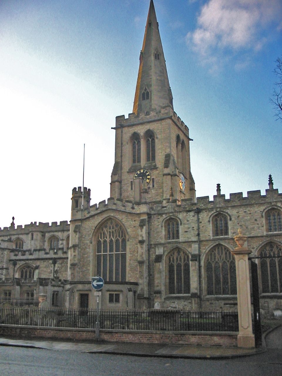 St Paul's Church, Bedford - Wikipedia