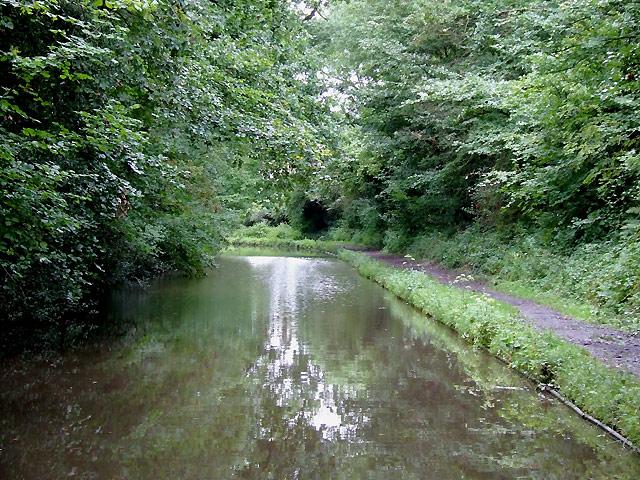 Stratford-upon-Avon Canal at Hockley Heath, Solihull - geograph.org.uk - 1716190