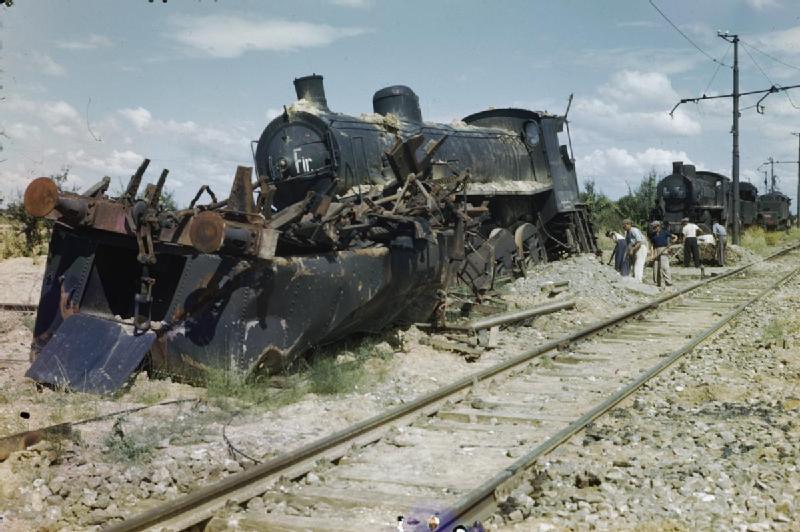 arezzo chiusi italy train - photo#1