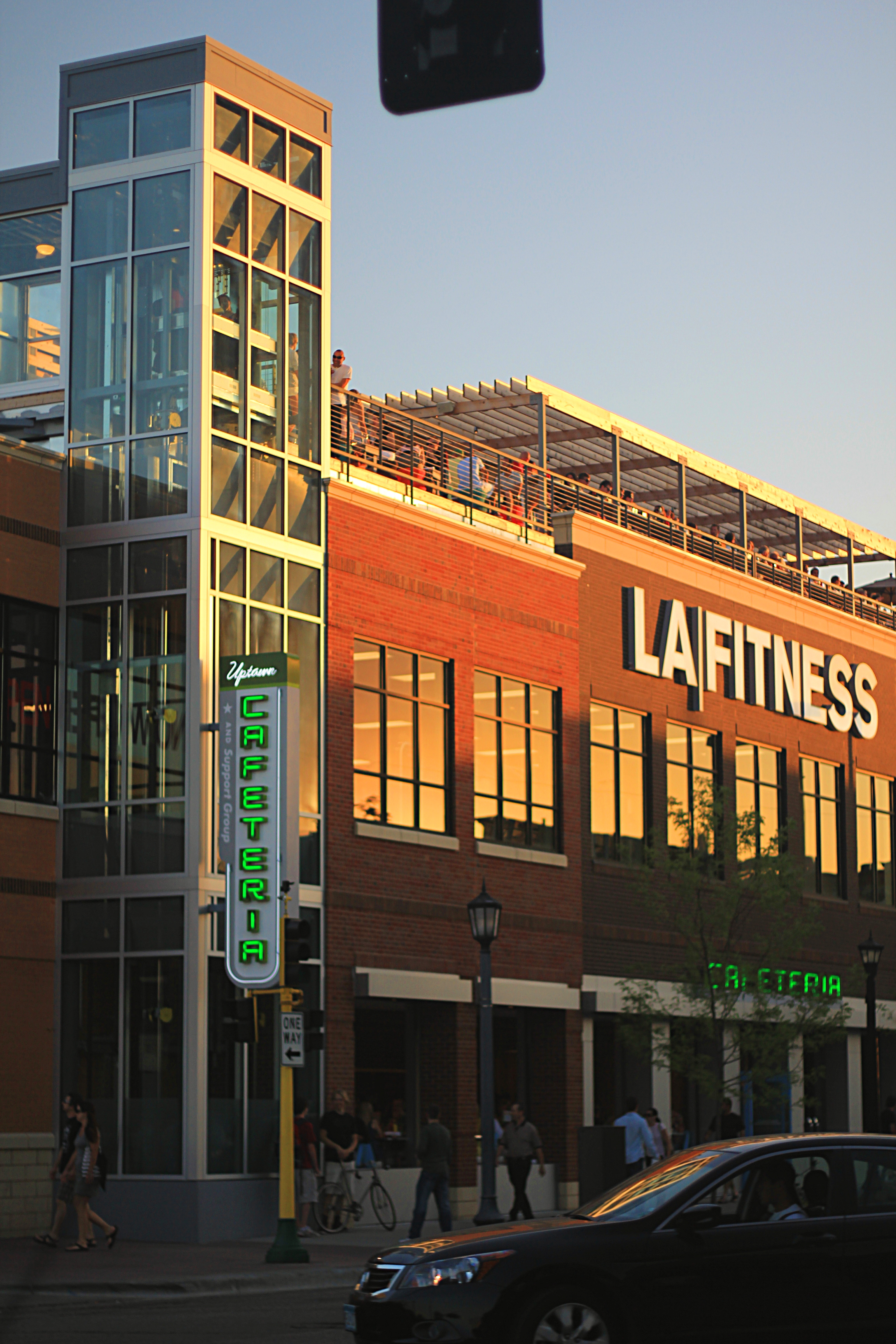file uptown cafeteria la fitness jpg wikimedia commons
