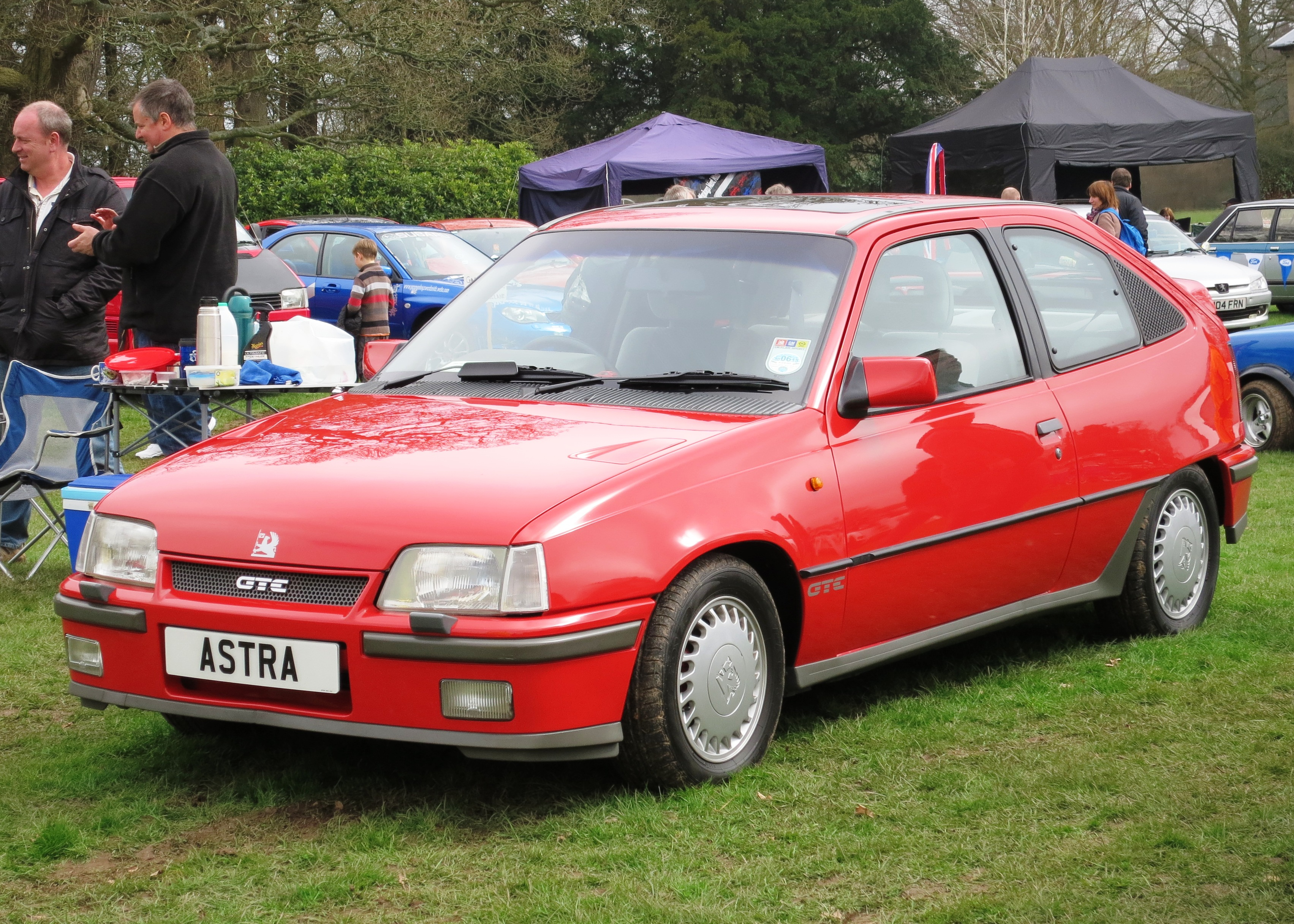 file vauxhall astra gte ca 1990 jpg wikimedia commons. Black Bedroom Furniture Sets. Home Design Ideas