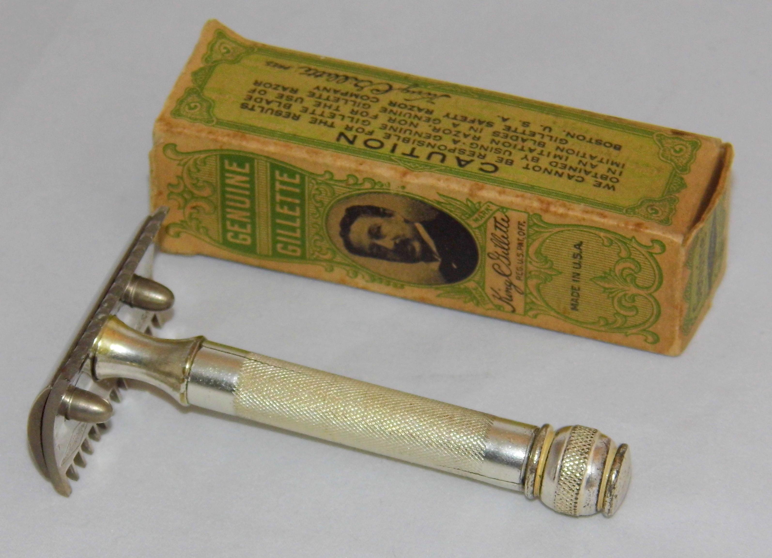 Vintage gillette blades