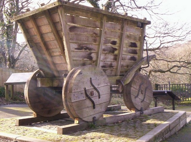 Wooden coal truck - geograph.org.uk - 685590