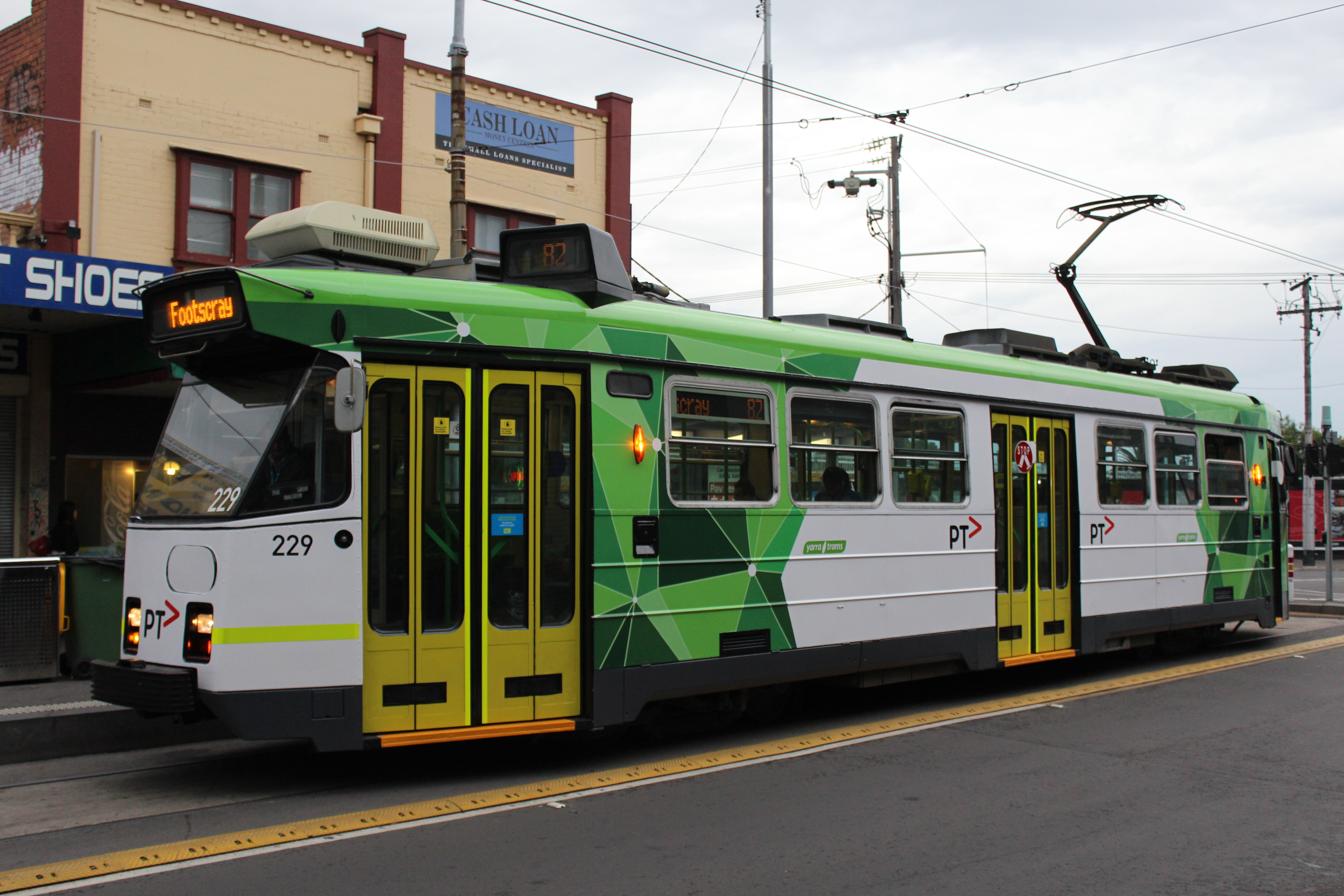 how to get to footscray by tram