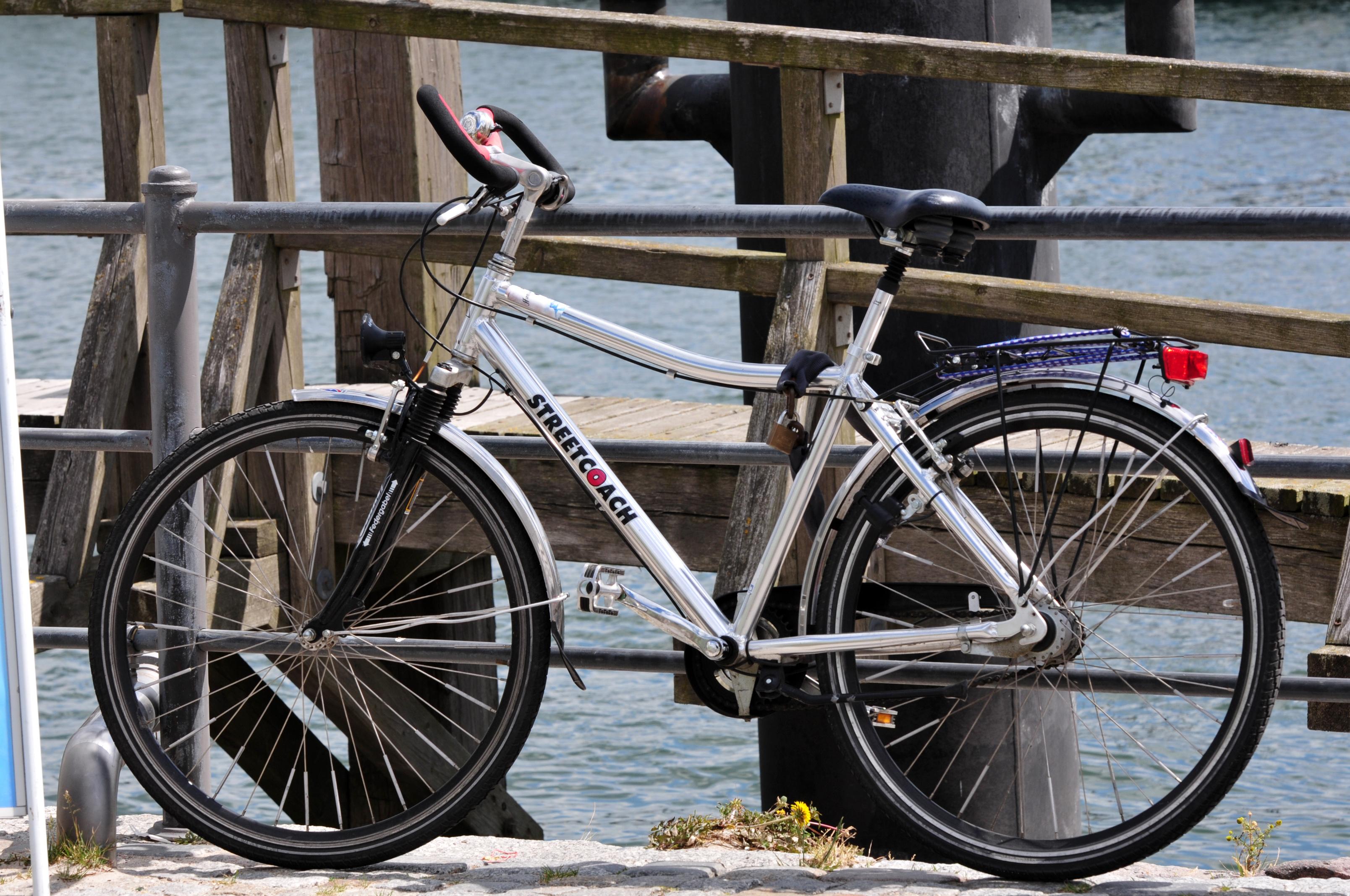 12-06-09-fahrrad-by-ralfr-02.jpg