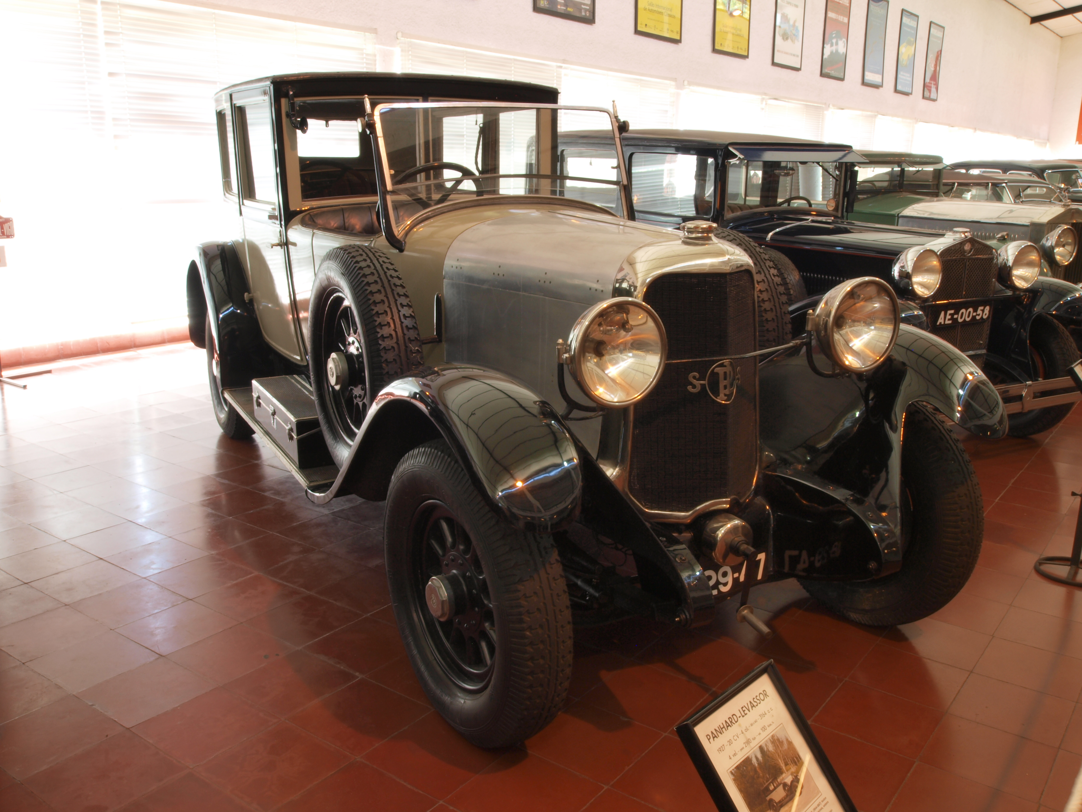 file 1927 panhard-levassor  20hp  3164cc  100kmh photo-1 jpg
