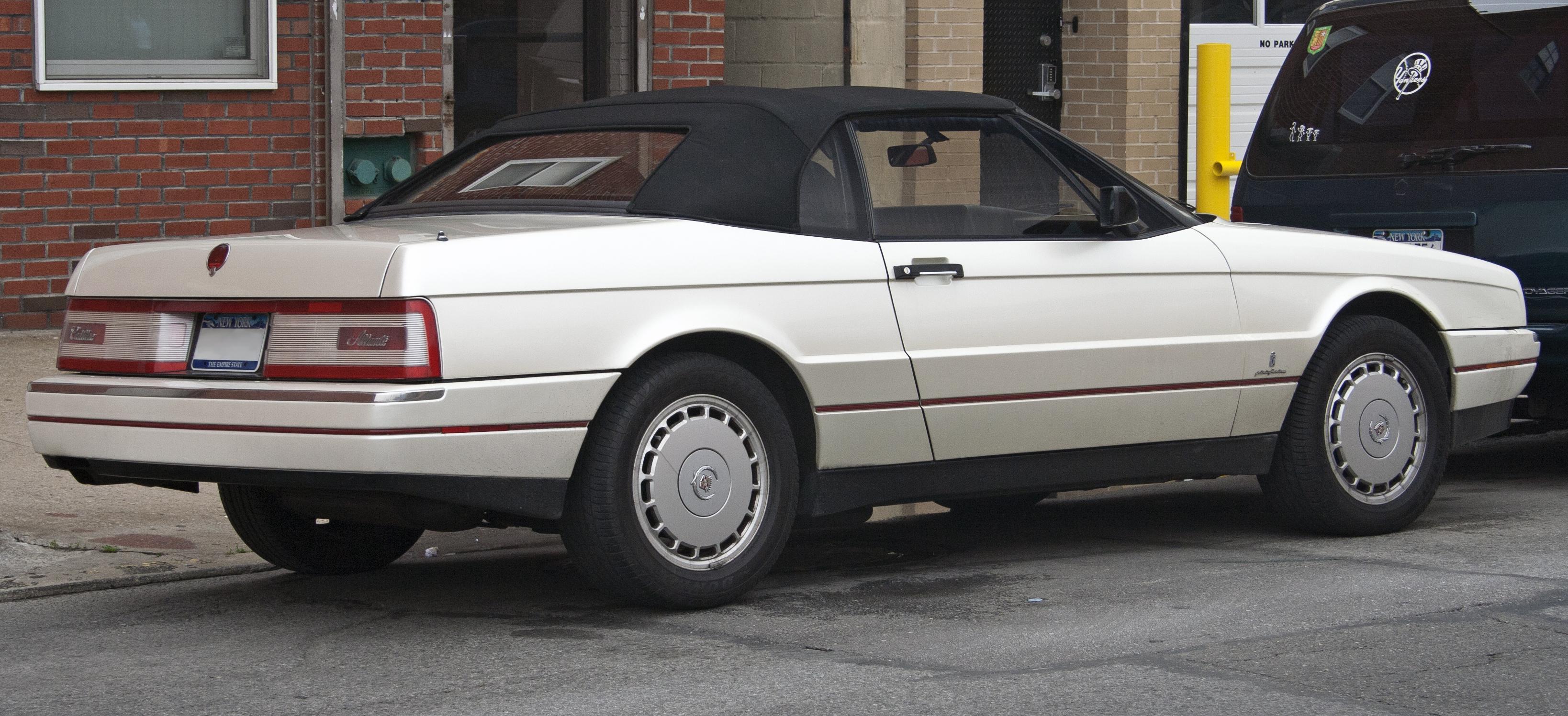 Cadillac Allanté - Wikiwand