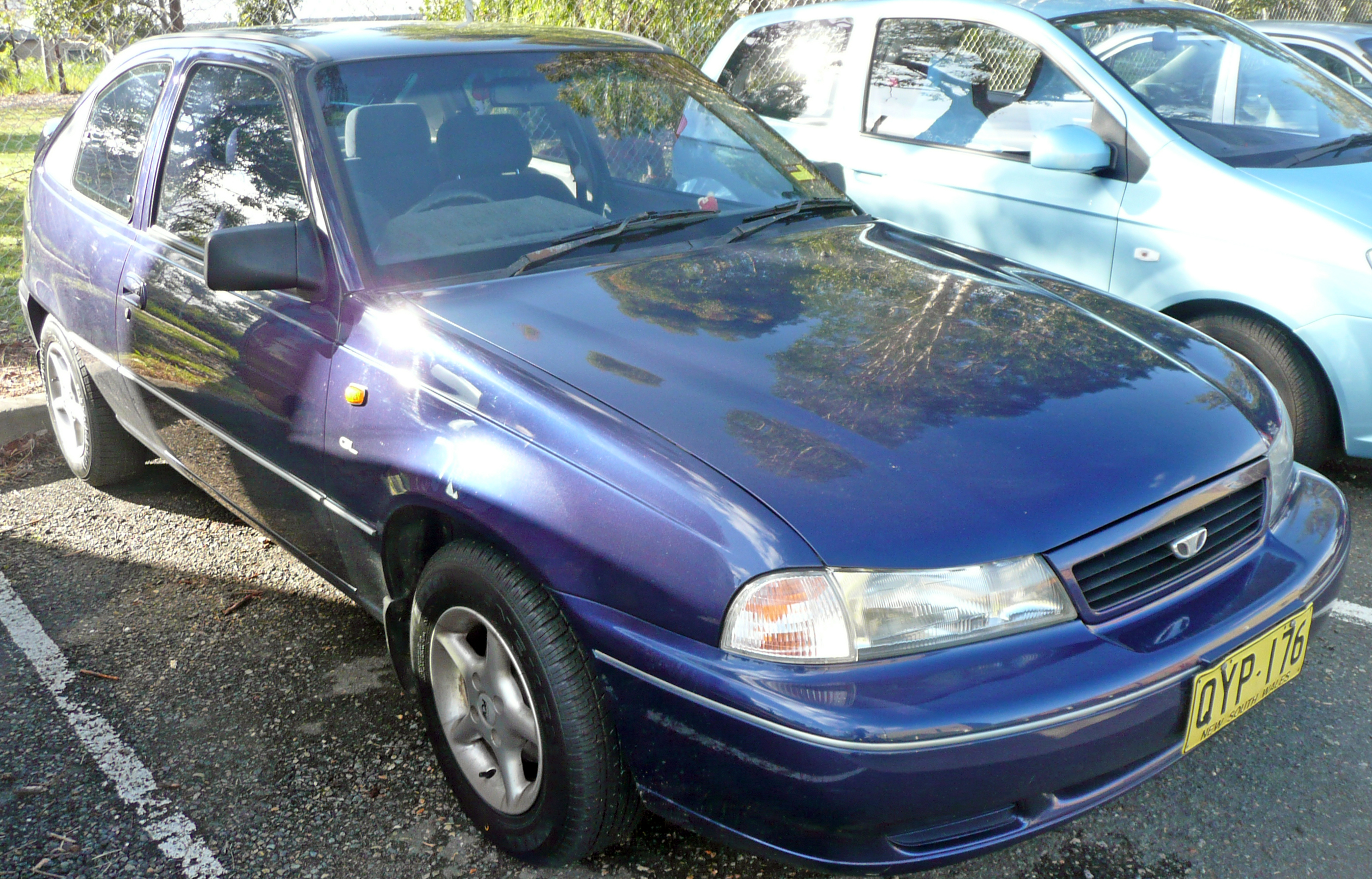 File:1995-1997 Daewoo Cielo GL 3-door hatchback 01.jpg - Wikimedia