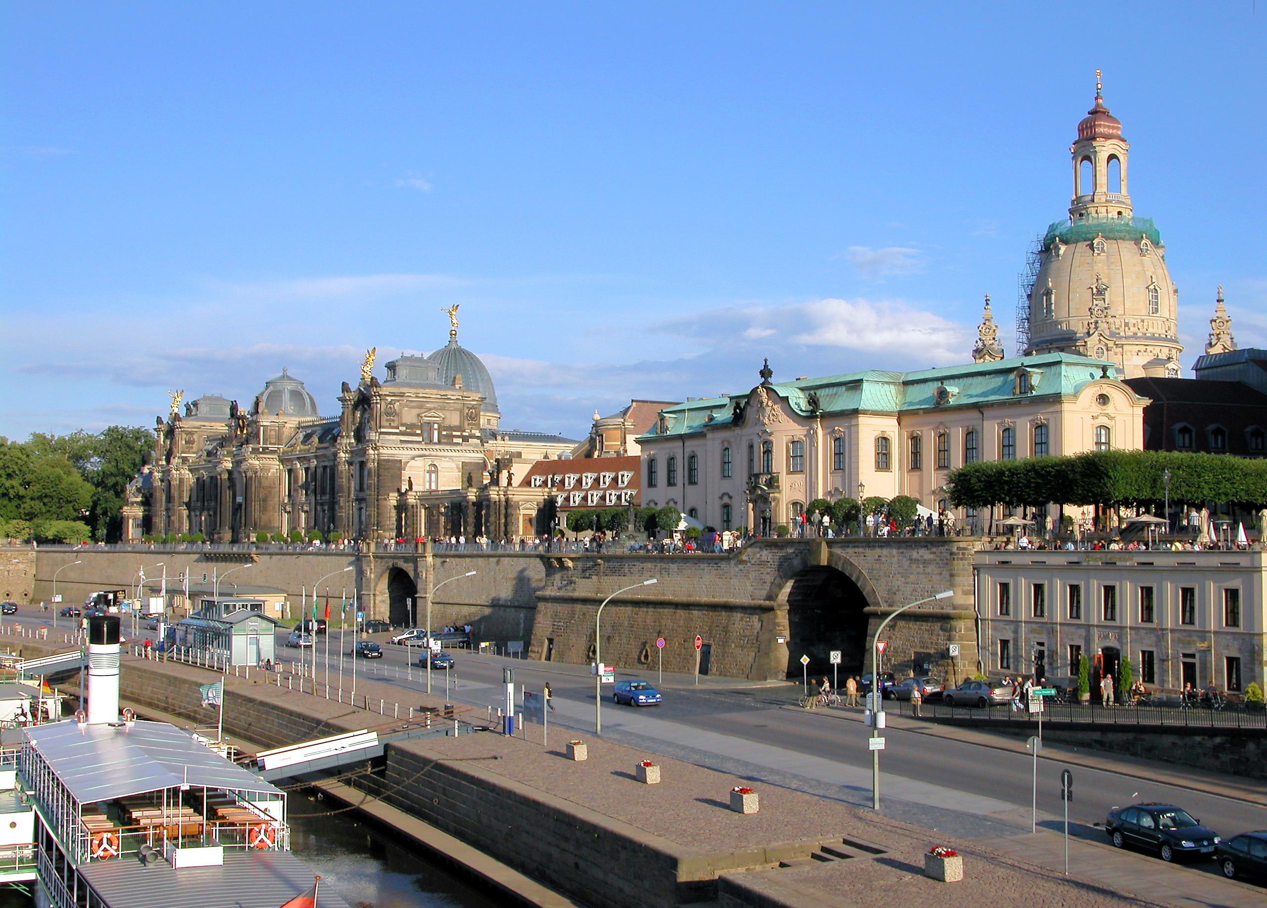File 20040711660dr Dresden Bruhlsche Terrasse Frauenkirche Jpg