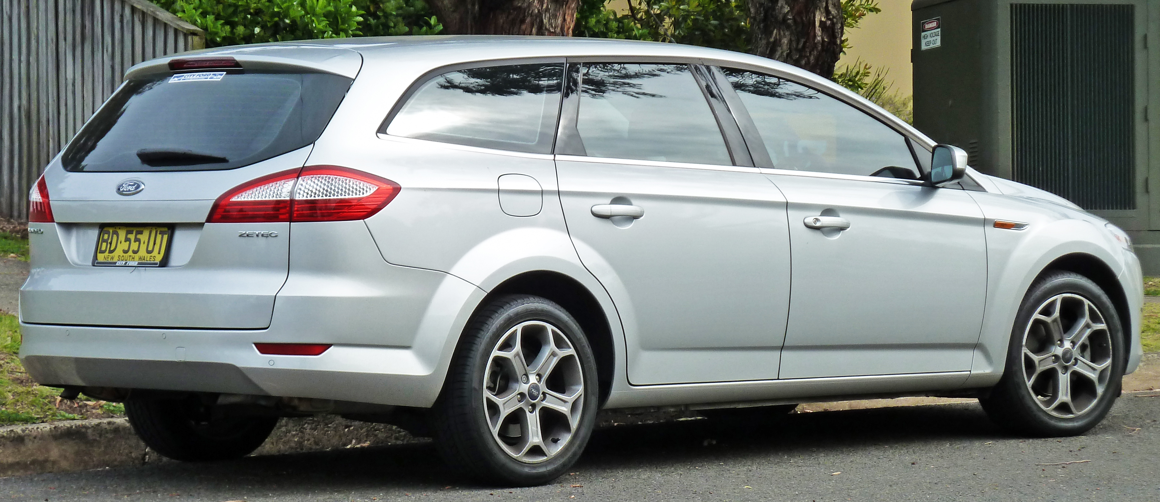 2010 ford mondeo wagon