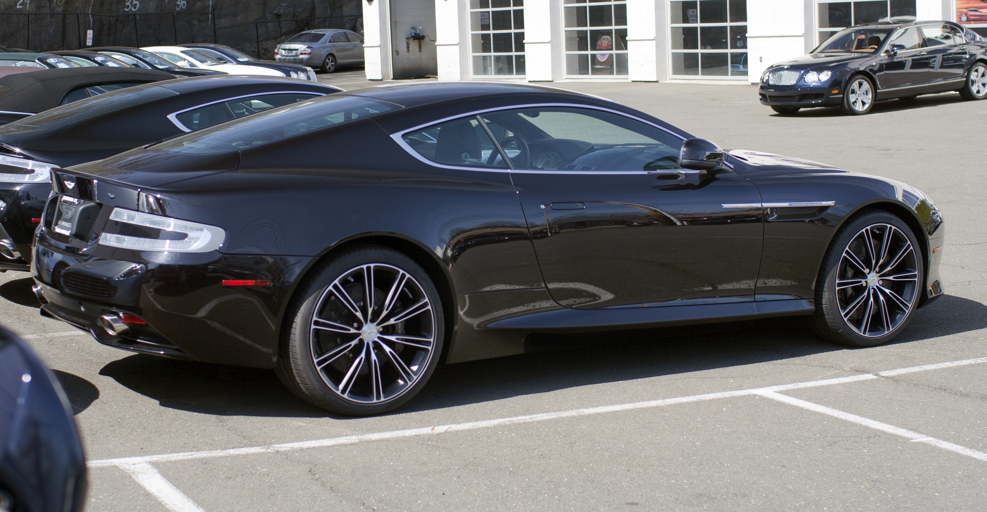 file 2012 aston martin virage coup onyx wikimedia commons. Cars Review. Best American Auto & Cars Review