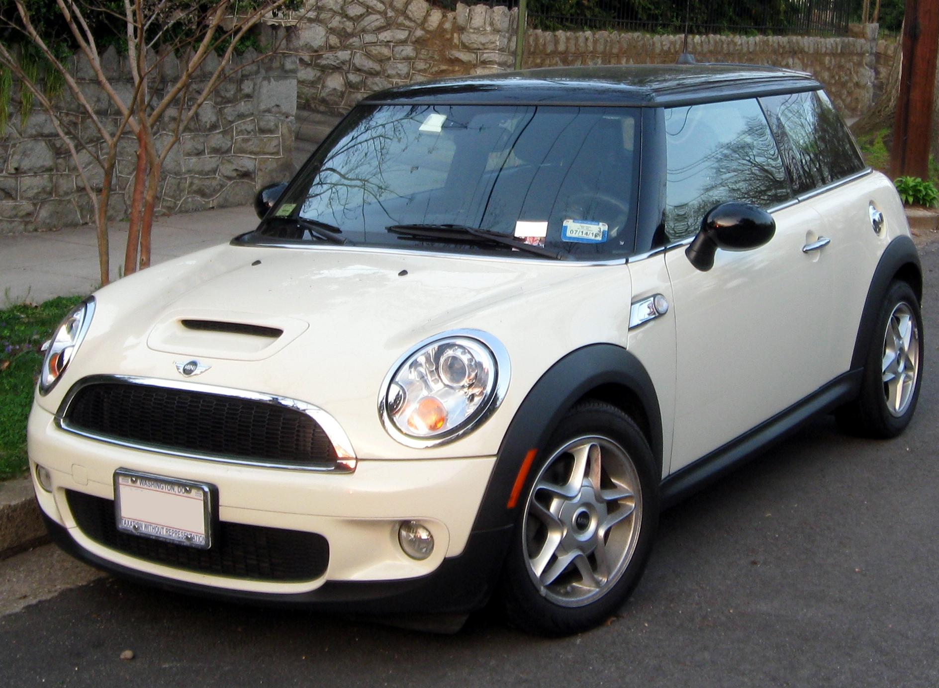 Mini Cooper Usa >> File:2nd Mini Cooper S -- 03-21-2012.JPG - Wikimedia Commons