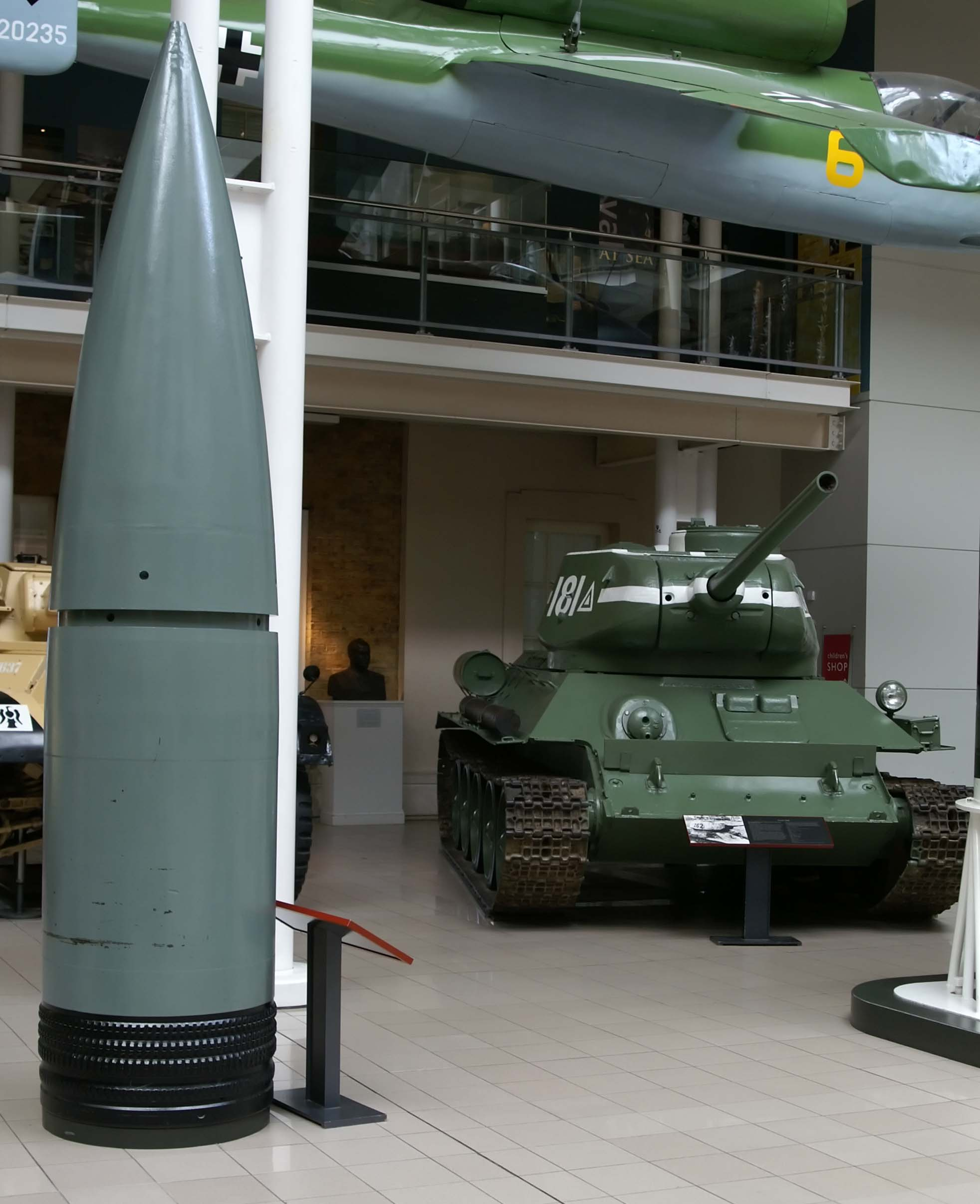 According to many experts, Dora is the most expensive mistake in the entire history of the development of artillery