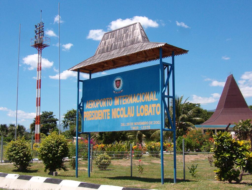 Aeroporto Comoro : Civil aviation division of east timor wikipedia