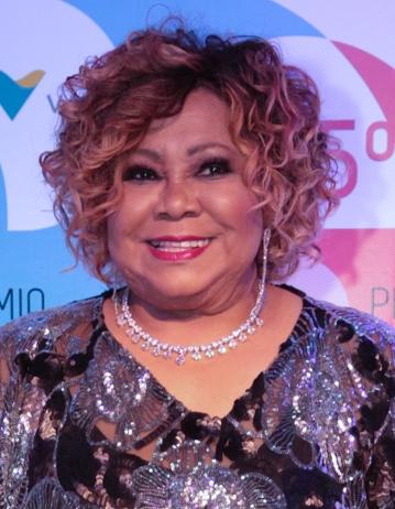 Premios grammy 2014 completo latino dating 6