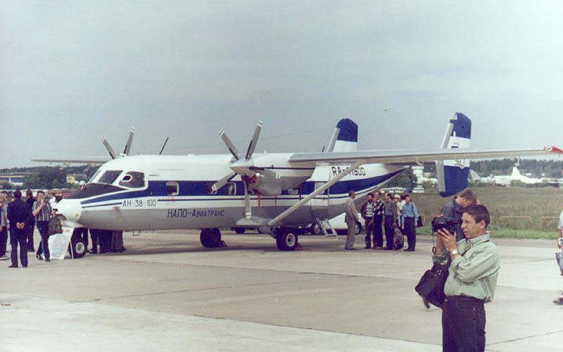 An-38-100-1999a.jpg