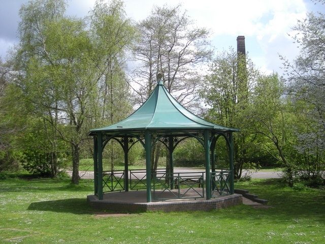 Another one of Baggeridge Bandstand - geograph.org.uk - 786068
