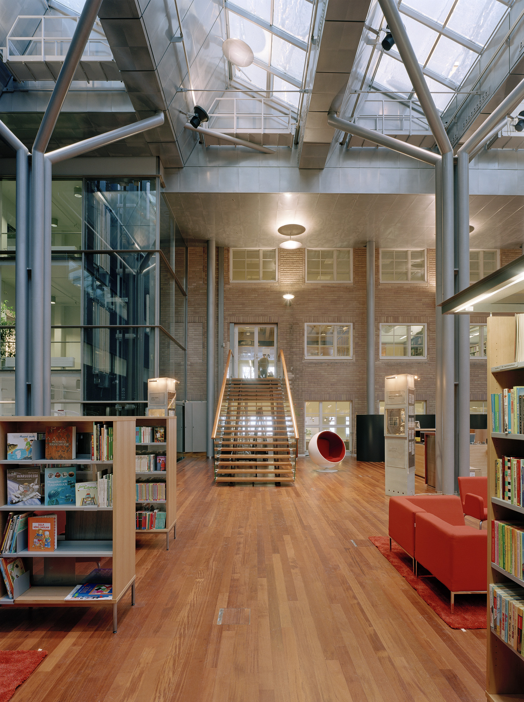 Arabianranta Kirjasto