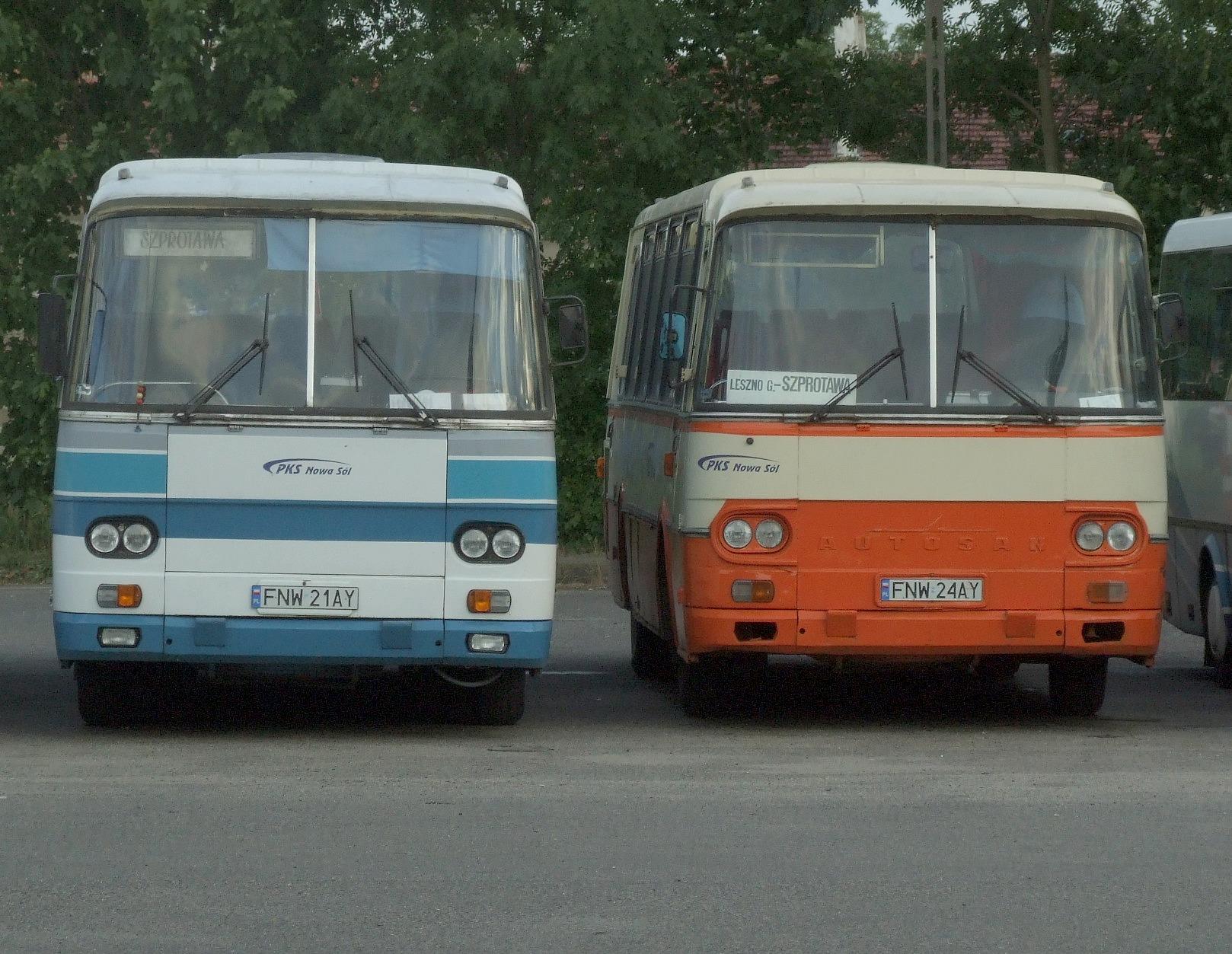 stare autobusy