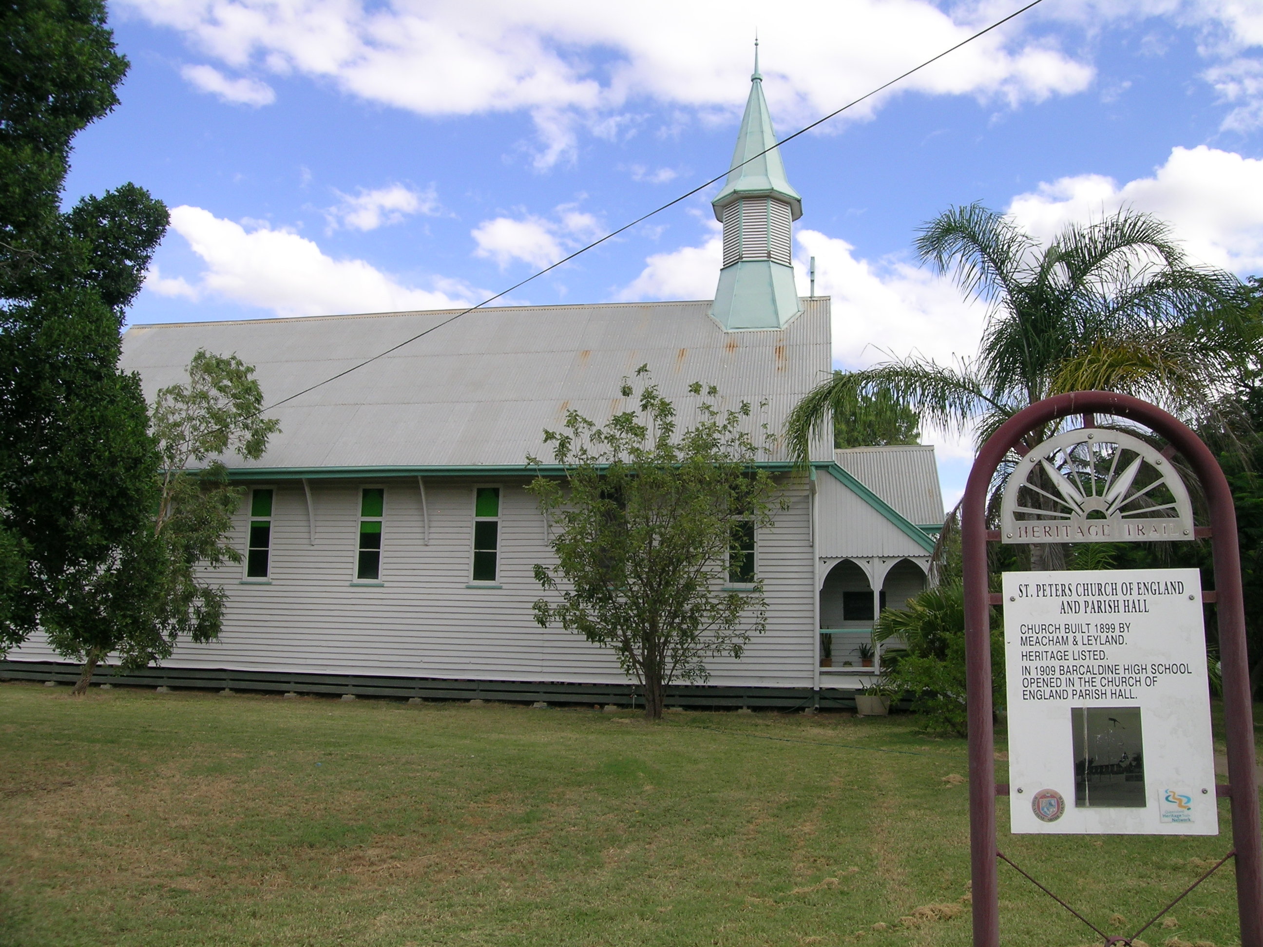 St Peter's Anglican Church, Barcaldine - Wikipedia