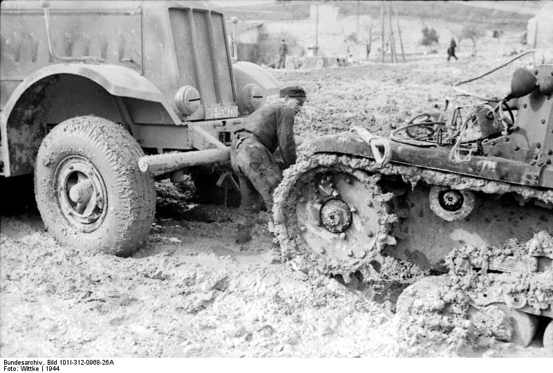 Panzer Im Schlamm