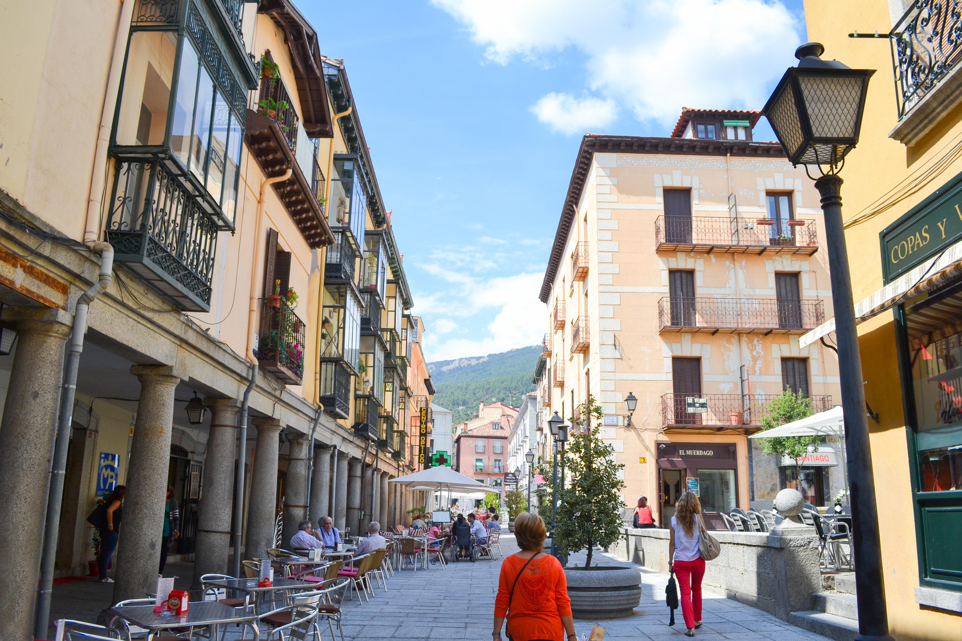 file calle de las tiendas san lorenzo de el escorial 01
