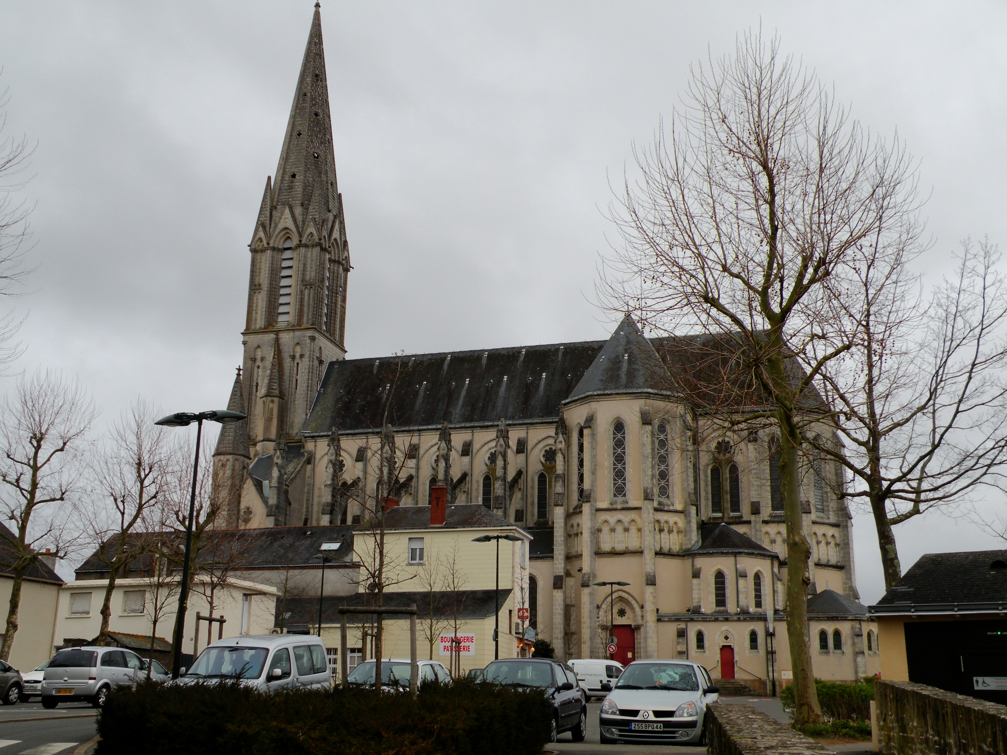 Immobilier Carquefou. Eglise de Carquefou.
