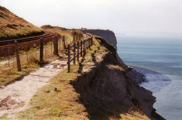 Cleveland Way on Hunt Cliff - geograph.org.uk - 585425