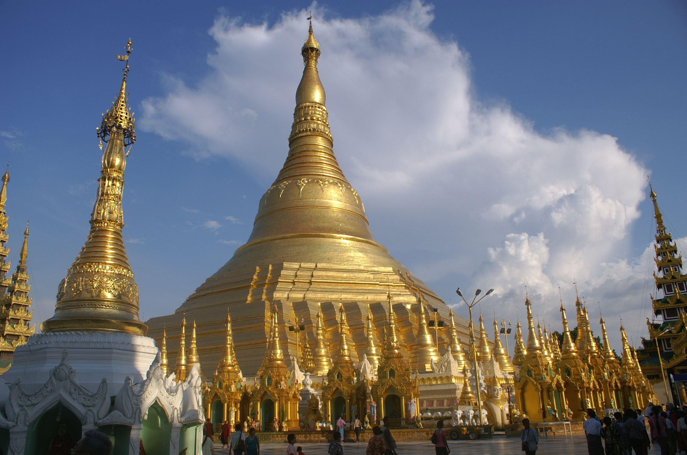 File Dsc010 Myanmar Yangon Paya Shwén Paa Main Golden Stupa 7181923090 Jpg