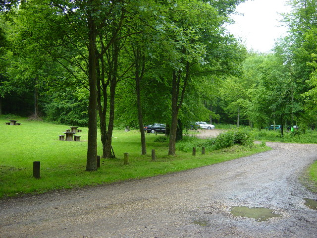 Eartham Wood Car Park and Picnic Area - geograph.org.uk - 15253