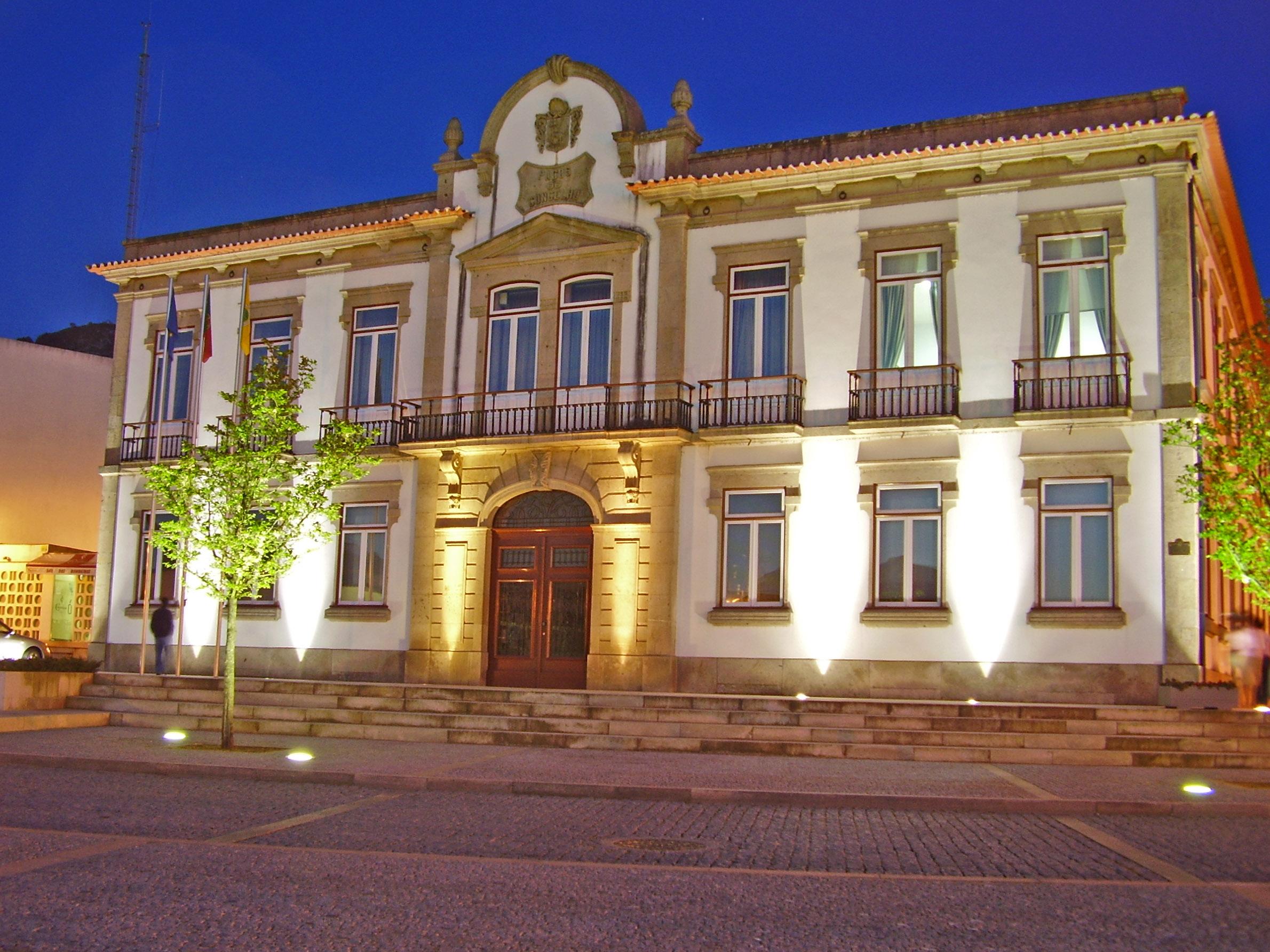 File edif cio da c mara municipal de vila nova de cerveira - Vilanova de cerveira ...