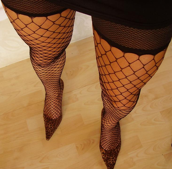 Are sexy women wearing fishnet stocking pics