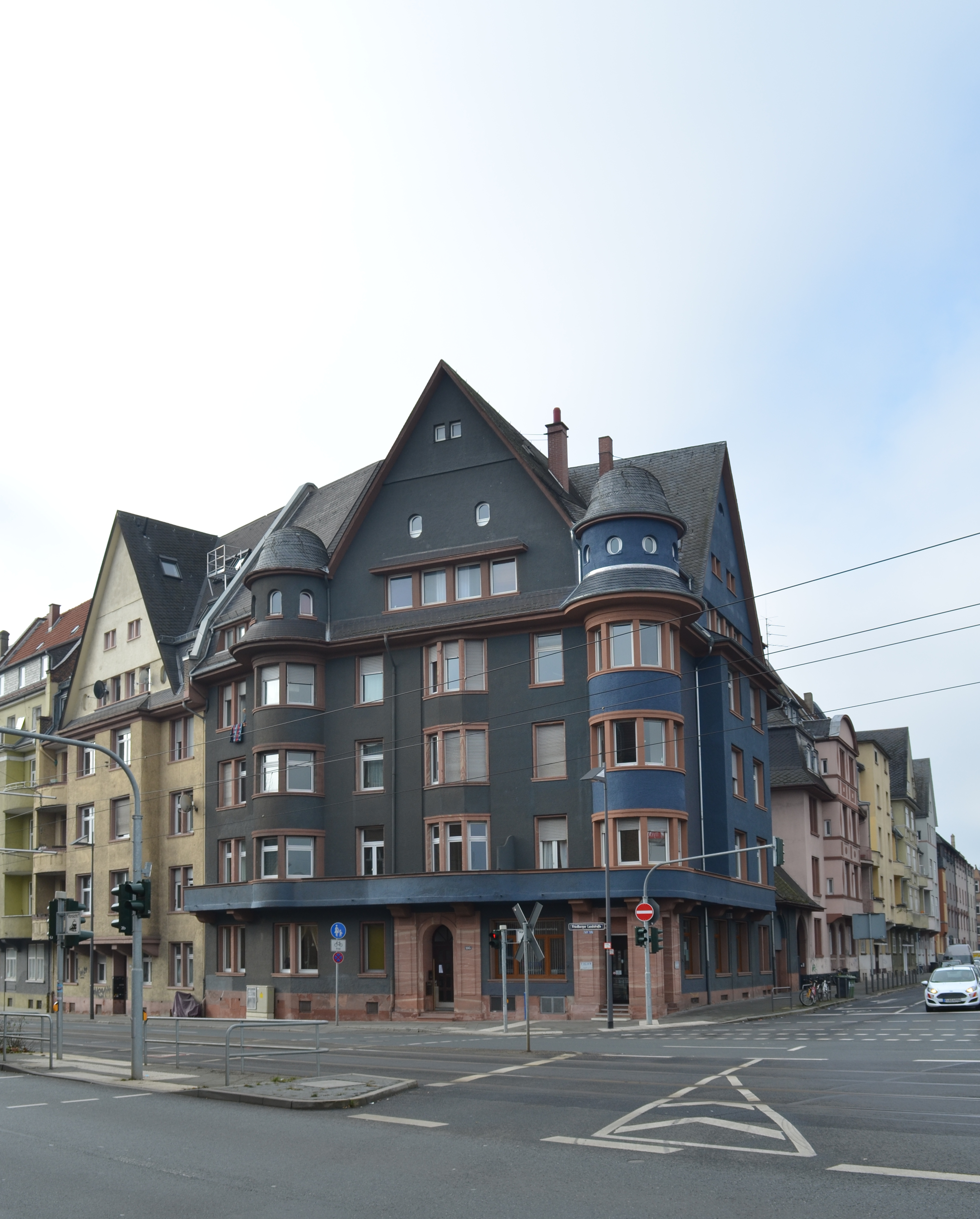 Friedberger Landstra Ef Bf Bde  Frankfurt Cafe