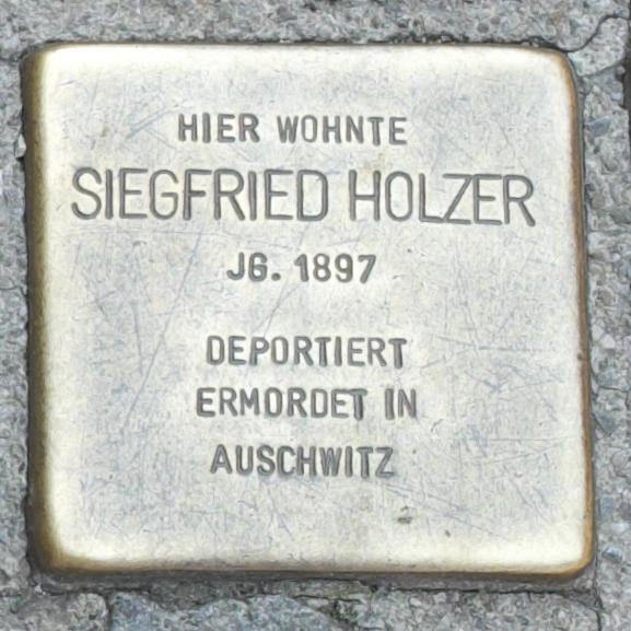 Freising Stolpersteine 366-007 Siegfried Holzer.jpg
