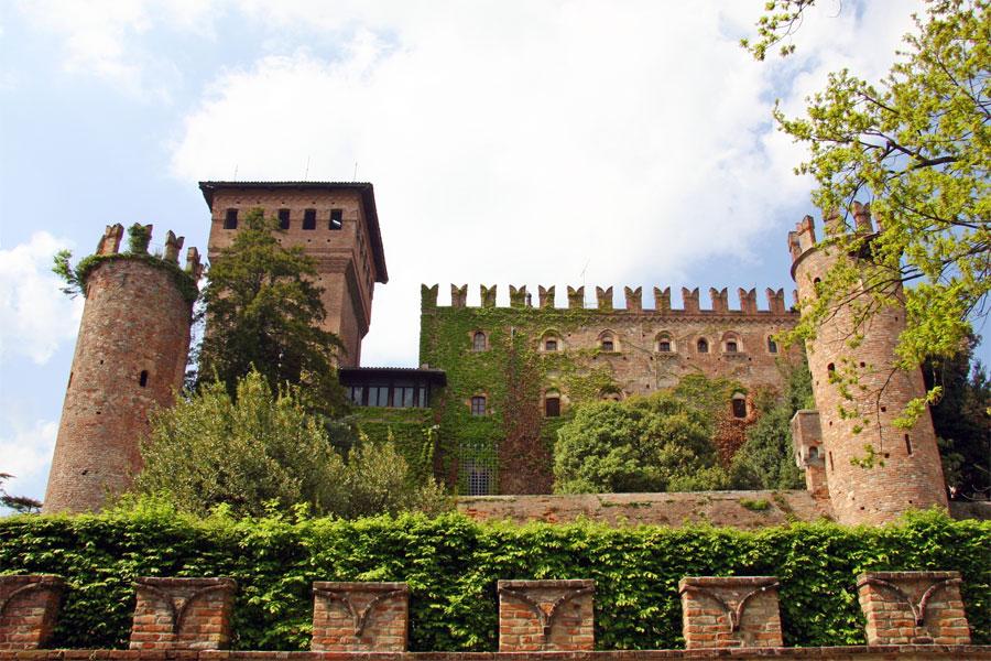 Castello Di Gabiano Glass And Decanter Sets